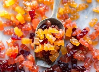 Paleo-Gummies-16-600x900-bakerita