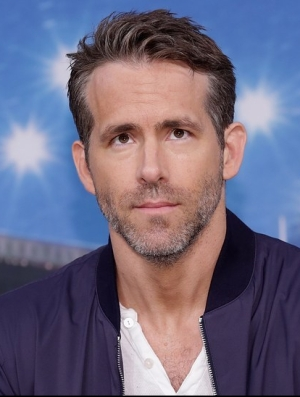 ryan-reynolds-opens-up-about-anxiety-self